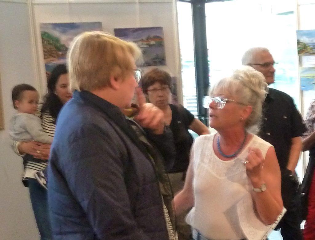 Discussion avec Mme Héricher le soir du vernissage de l'exposition